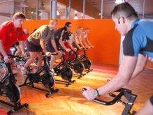 Влияние аэробных нагрузо: велотренажер