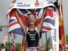 Крисси Веллингтон с британским флагом на финише